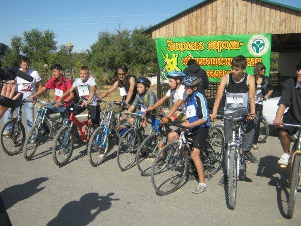 Всего лишь 10 участников в нашумевшей велогонке в Шымкенте