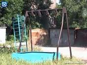 детская площадка ждет строителей