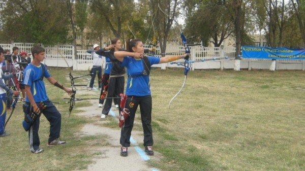 Участники соревновались в личном и командном зачетах.