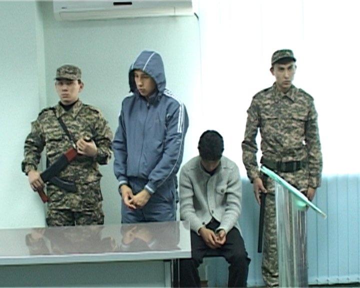 """""""Подсудимые"""" Ералы и Манас в зале суда признали свою вину и попросили о помиловании"""