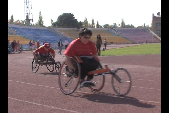Параолимпийские игры по легкой атлетике.
