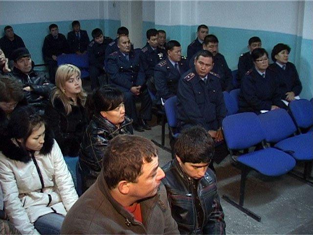 На встрече с предпринимателями присутствовали и участковые инспекторы