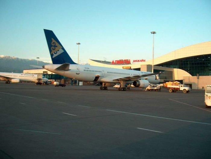 Дефицит авиатоплива в Казахстане