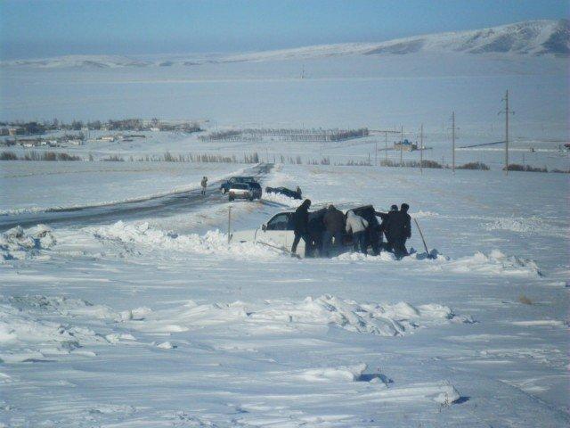 В снежном плену оказались десятки южан