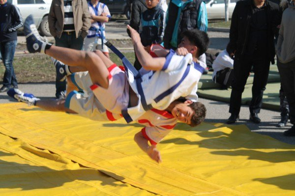 Гости смогли увидеть соревнования и по казакша курес