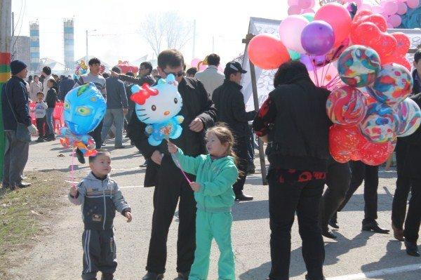 На праздник многие пришли с детьми