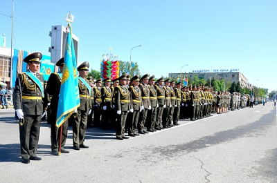 Патриотическая акция «Конституции верны» стартовала в Вооруженных силах РК