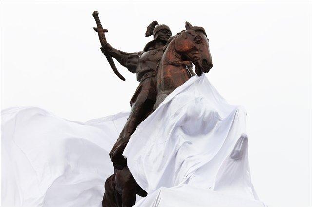 Открытие памятника Акпан Батыра