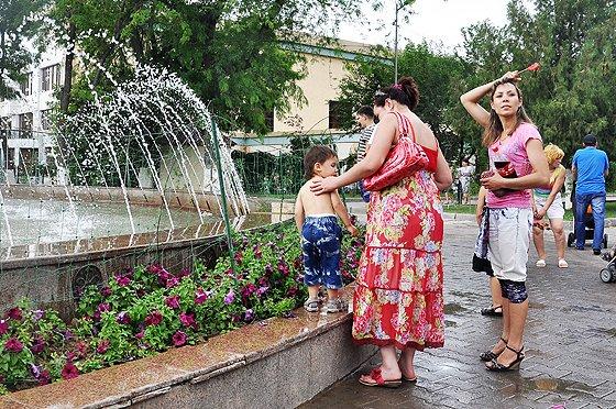 Сильная жара ожидается сегодня в южных регионах Казахстана