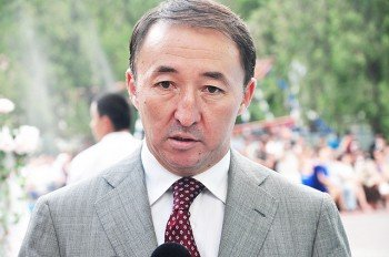 Аким Шымкента Кайрат Молдасеитов