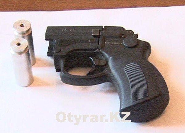 Травматическое оружие очень популярно у молодежи Шымкента