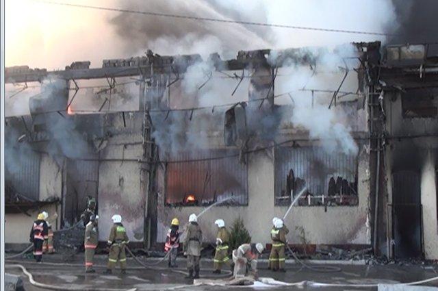 В Шымкенте сгорел самый крупный рынок