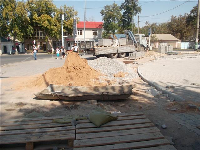 В Шымкенте откроется памятник Сабыру Рахимову