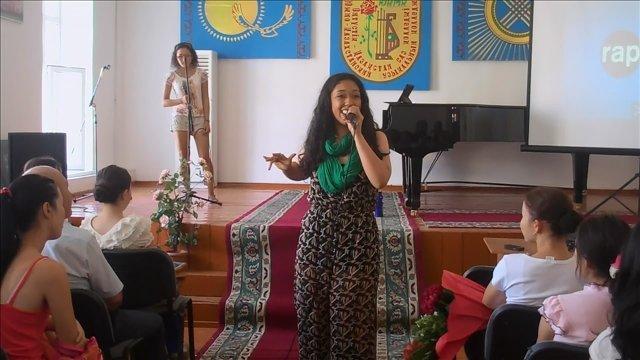 """С новой программой """"RAPtivism"""" в Казахстан приехала американская рэп-исполнительница Аиша Фукушима"""