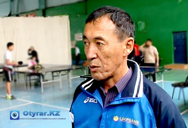 Нурлан Оразбаев, тренер по настольному теннису