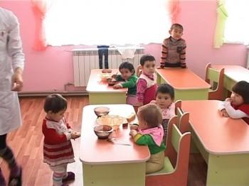 В Сайраме открыты два детских сада и памятник Сабыру Рахимову