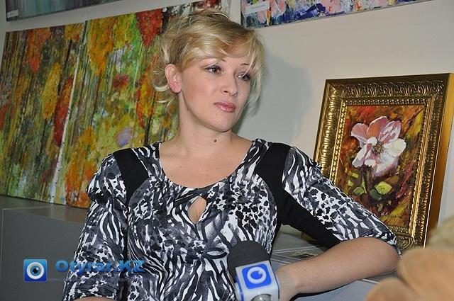 Наталья Каширина на презентации своей выставки