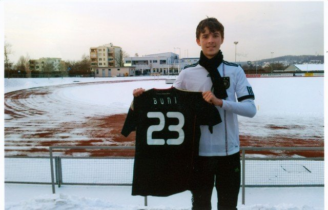 В случае успешного окончания Буниеда академии будем надеяться, что руководящий штаб «Штутгарта» подпишет с ним контракт, и в скором времени  мы увидим еще одного казахстанца на лучших стадионах Европы.