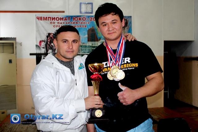 Сергей Рашидов со своим подопечным Александром Кимом