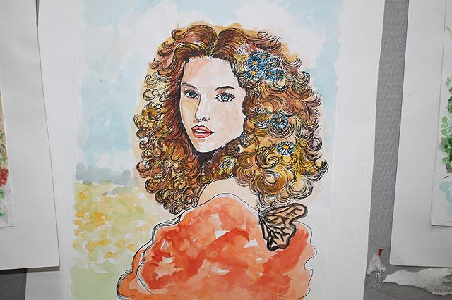 Многие картины выполнены в ярких сочных, можно сказать весенних красках