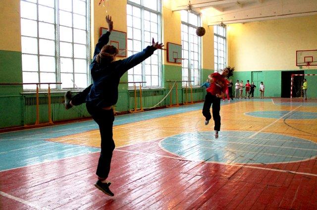 На тренировках шымкентских ганболисток