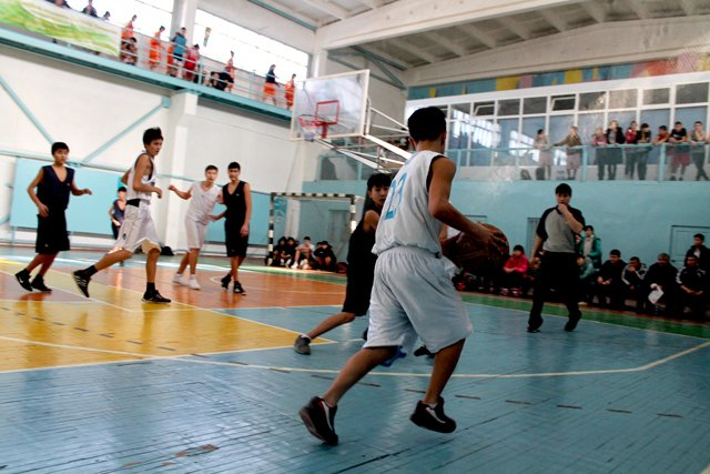 Отличную тактику показали южно-казахстанские баскетболисты