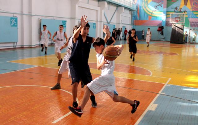Полуфинальная игра между сборными командами ЮКО и Мангыстауской области