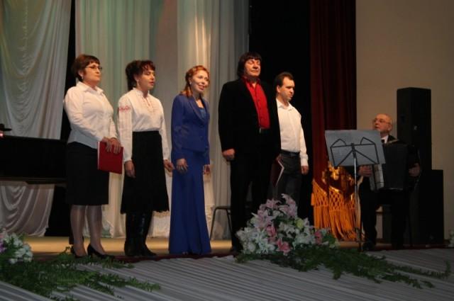 """Подарок """"виновнице"""" торжества - отрывок из оперы """"Набукко"""""""