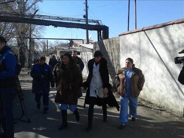 Более 1000 работников заводов вышли на митинг