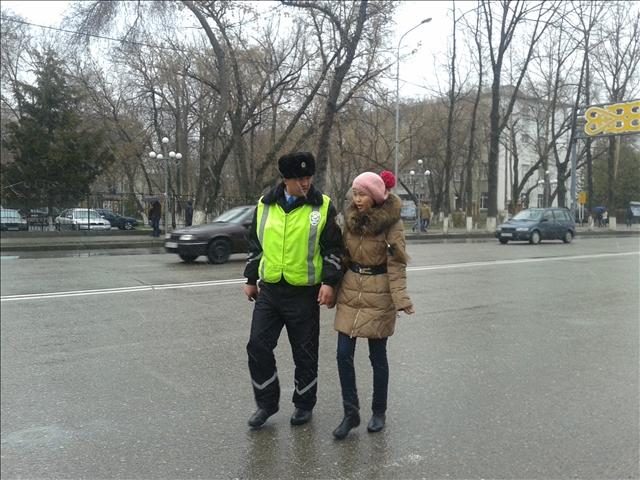 За 30 минут рейда полицейские поймали 20 нарушителей-пешеходов
