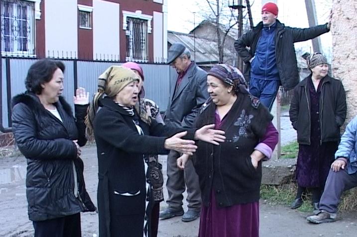 Больше 20 лет ждут местные жители ремонта улицы Павлова.