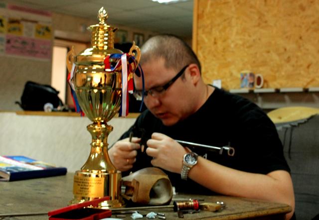 Рашид Юнусметов, победитель гран-при по пулевой стрельбе в Кувейте.
