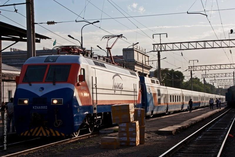 """Поезд """"Тулпар Тальго"""""""
