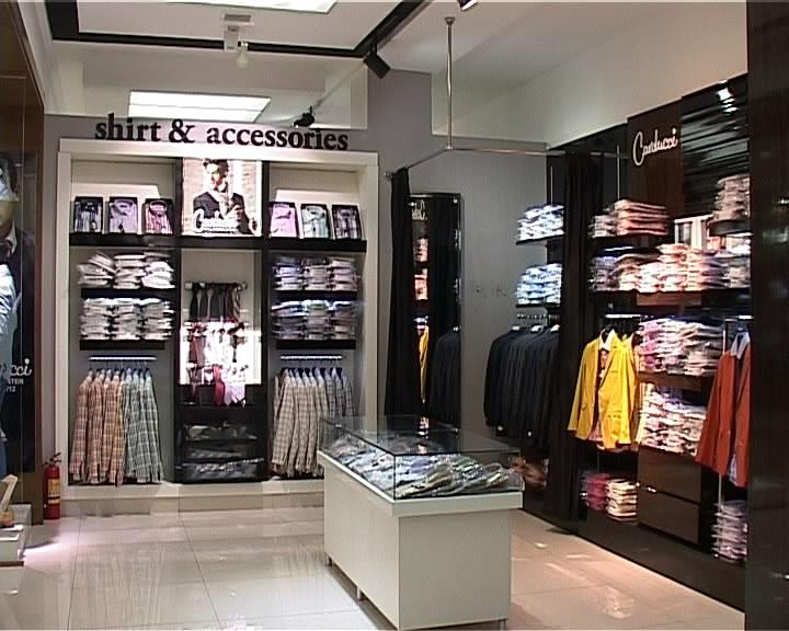 """В магазине одежды """"Изуми"""" найдется все и каждому"""