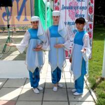 Национальная одежда татарских девушек