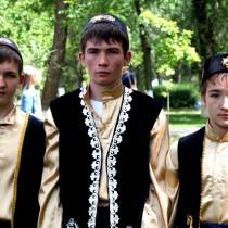 Одежда молодых татарских ребят