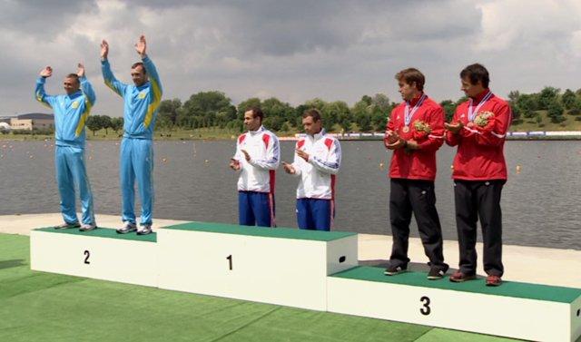 Евгений Алексеев и Алексей Дергунов (слева)