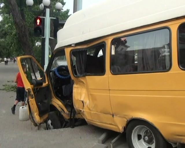 Страшная авария произошла в центре города