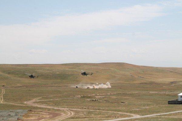 В бой вступает десантно-штурмовая группа
