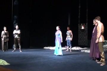 К закрытию 83-го театрального сезона, актеры русского драматического театра сделали подарок всем театралам Шымкента