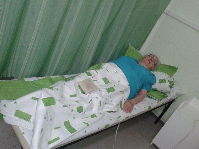 Валентина Ямщикова надеется, что медицинский аппарат Алмаг-01 избавит ее от недугов