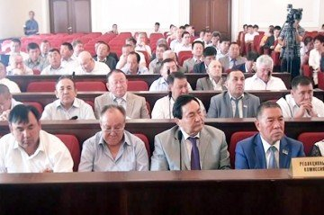 Депутаты на 14 сессии областного маслихата