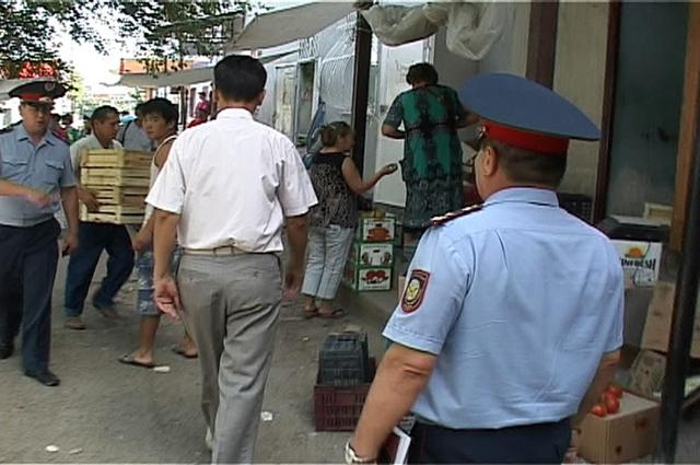 Сотрудники правоохранительных органов приводили в порядок