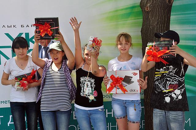 после конкурсов победителей наградили ценными
