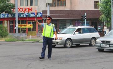 Новые правила дорожного движения начали действовать в Казахстане