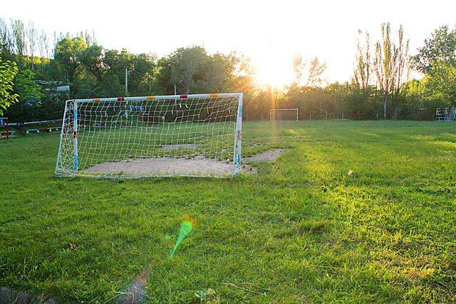 На этом поле будут проходить футбольные состязания