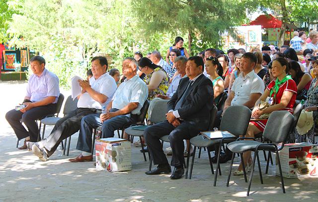 Представители областного управления природных ресурсов и природопользования отметили в этот день и заслуги своих коллег