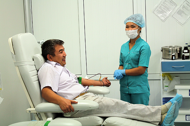 Всего за один день в Центр крови пришли больше 200 доноров.