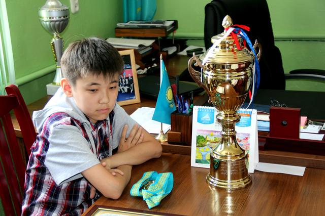 Как признается тренер Жандоса, у него есть все шансы стать гроссмейстером