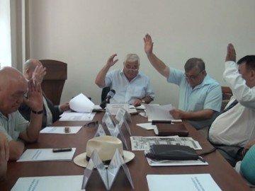 Депутаты маслихата ЮКО отменили свое решение